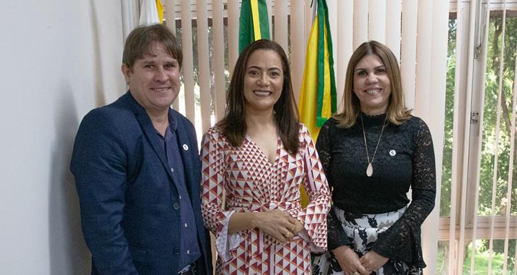 Senadora Mailza Gomes faz visita de cortesia à Ufac