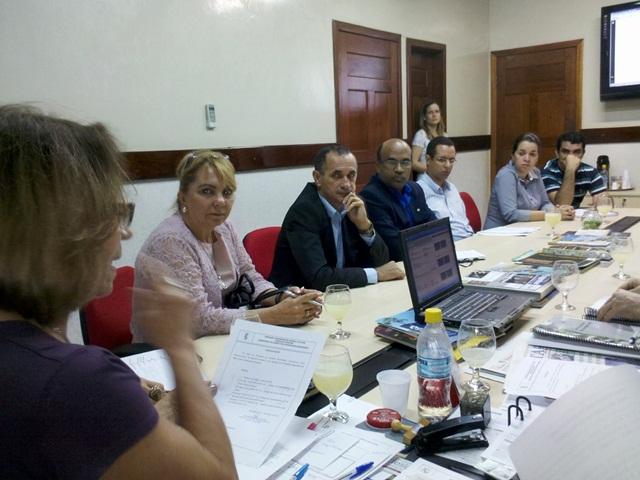 Conselho Diretor empossa dois novos conselheiros