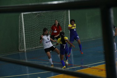 O futsal feminino não conseguiu passar pela Faculdade Fasipe-MT.