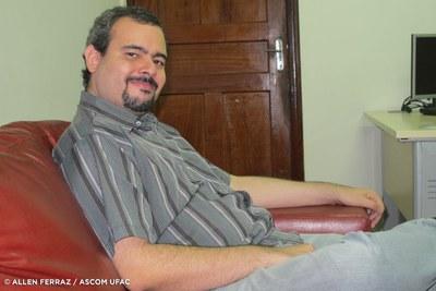 Professor Antônio Pontes Jr.