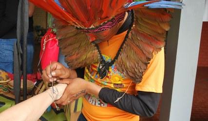Artesanatos que refletem cultura indígena são vendidos na SBPC