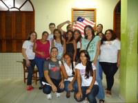 Alunos de Inglês realizam sarau na escola Clícia Gadelha