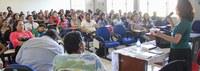 Bia Braga participa de palestra na Ufac