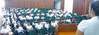 Colaboradores da Ufac recebem palestra sobre coleta seletiva