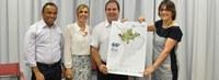 Reitora e presidente da SBPC apresentam cartaz da 66ª Reunião Anual a governador do Acre