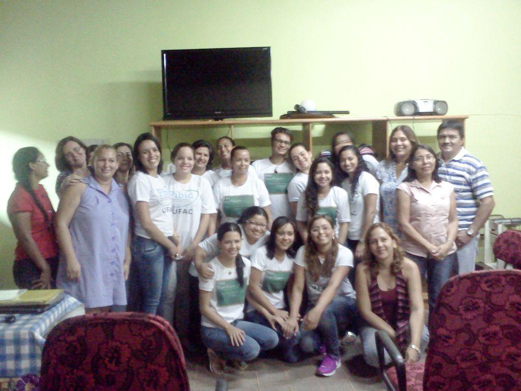 Estudantes da Ufac ministram oficina de nivelamento em língua portuguesa em escolas estaduais
