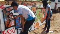 Estudantes de Cruzeiro do Sul participam de oficina de grafite na SBPC Jovem Mirim