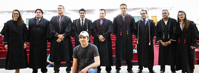 Estudantes de Direito participam de júri simulado