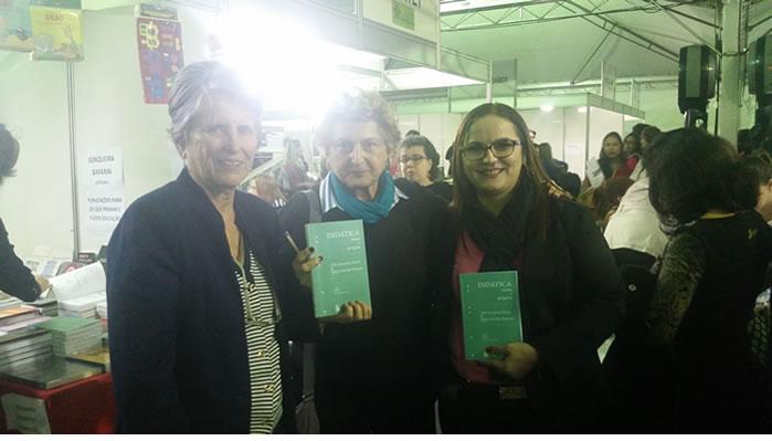 Professora da Ufac figura como coautora de livro sobre didática
