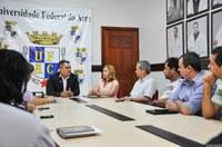 Reitor e prefeito Raimundo Angelim firmam parceria para limpeza do campus