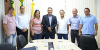 Ufac assina contrato para construção de prédio do CAP