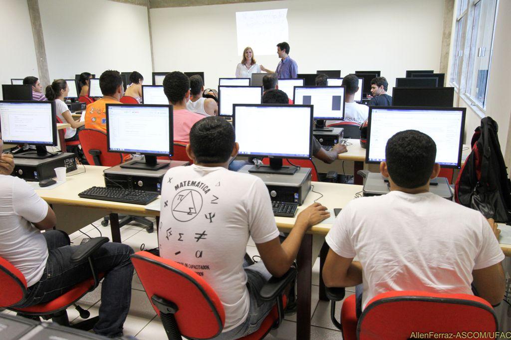 Ufac executa segundo módulo do programa de pós-graduação em Residência Florestal