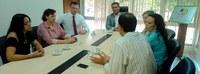 Ufac recebe visita de representante do consulado britânico