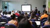 Ufac sedia encontro sobre pesquisa em fármacos